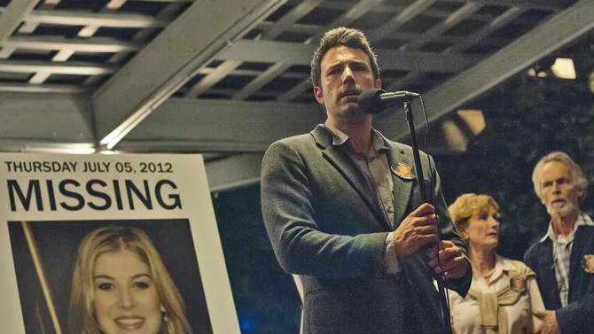 BOOK REVIEW/MOVIE PREVIEW: GONE GIRL